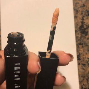 Bobbi Brown Makeup - Bobbi Brown Serum Corrector